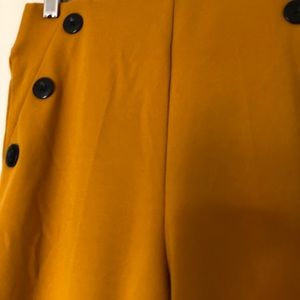 bbj Pants & Jumpsuits - Mustard yellow high waisted pants with buttons